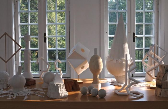 Udsnit af Rikke Ravn Sørensens værker fra udstillingen Mellemværender på Munkeruphus